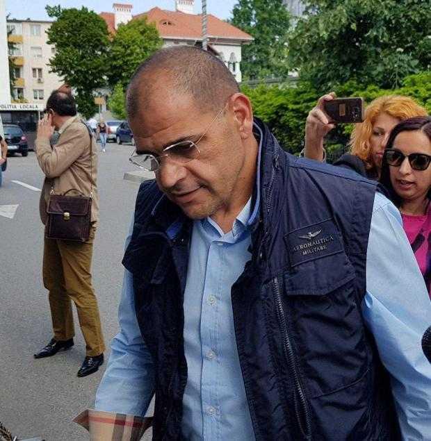 Inquieto et son avocate Radu Rotaru varianta cropata
